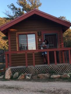 Cabin Life Us-sie